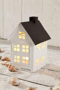 31 beste afbeeldingen van house lanterns christmas decorations candles en xmas. Black Bedroom Furniture Sets. Home Design Ideas