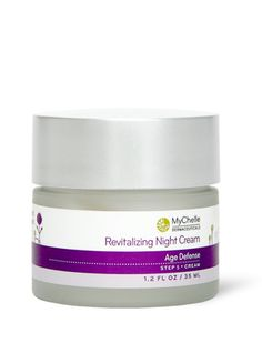 Overnight rejuvenation with proven bioactives for luxuriously radiant skin.