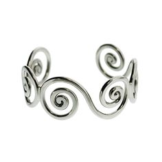 Irish jewelry art is some of the most beautiful art made by human hands. Irish art is rich with meaning, history, and metaphor. Not surprisingly, most of Irish jewelry has meaning which is attached to Christianity and Catholicism.