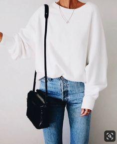 Ideas For Sweatshirt Street Style Oversized Source by sweatshirt outfit Estilo Fashion, Fashion Moda, Look Fashion, Spring Fashion, Fashion Outfits, Fashion Trends, Winter Fashion, Jeans Fashion, Trending Fashion