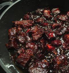 Keittokirjanen: Kiinalainen karamellipossu Microwave Dinners, Oriental Food, Saturated Fat, Chinese Food, Pork Recipes, Eating Well, Good Food, Food And Drink, Tasty
