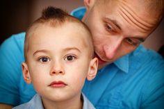 Paternité : l'humeur du père influerait sur le développement du bébé http://www.kiddizy.com/paternite-humeur-pere-developpement/bebe/kiddizy Kiddizy, votre expert maternité, parentalité, petite enfance #paternite #humeur #bebe #kiddizy