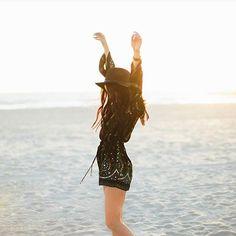 Free spirit @scout.gibbs #annasuiforoneill #oneillwomensaus Harmon jumpsuit