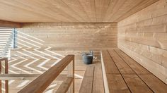 Avanto Architects completes Loyly Sauna for the coastal park in Helsinki, Finland. This Waterfront public sauna will be a part of Helsinki park in Finland. Helsinki, Spas, Modern Saunas, Piscina Spa, Best Digital Slr Camera, Sauna Design, Finnish Sauna, Steam Sauna, Sauna Room