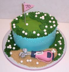 Golf cake with lots of balls and snad pit as base