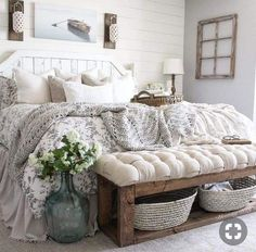 27 Beautiful For Farmhouse Bedroom Decor Ideas And Design. If you are looking for For Farmhouse Bedroom Decor Ideas And Design, You come to the right place. Below are the For Farmhouse Bedroom Decor . Farmhouse Style Bedrooms, Farmhouse Bedroom Decor, Home Decor Bedroom, Cozy Master Bedroom Ideas, Modern Bedroom, Rustic Bedrooms, Farm Bedroom, Bench For Bedroom, White Rustic Bedroom