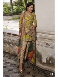 ANHAD Provides Best Quality Party Wear Designer Dresses for Girls and Ladies. Pakistani Mehndi Dress, Bridal Mehndi Dresses, Pakistani Party Wear, Pakistani Wedding Outfits, Dresses To Wear To A Wedding, Pakistani Dress Design, Party Wear Dresses, Bridal Outfits, Pakistani Dresses