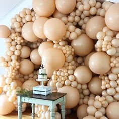 Who doesn't love an enormous balloon display? Balloon Display, Balloon Backdrop, Balloon Wall, Balloon Garland, Balloon Decorations, Birthday Decorations, Baby Shower Decorations, Wedding Balloons, Birthday Balloons