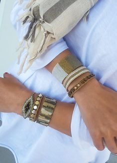 White and Cream Macrame Bangle,Knotted Wristband,Micro Macrame Wide Bracelet,Gold Metallic Waxed Thread,Woman Macrame jewelry Chevron Friendship Bracelets, Friendship Bracelets Tutorial, Diy Bracelets Easy, Bead Loom Bracelets, Macrame Bracelets, Handmade Bracelets, Macrame Knots, Bead Jewellery, Macrame Jewelry