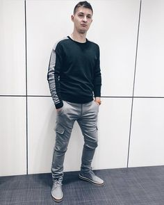 Bomber Jacket, Normcore, Jackets, Style, Fashion, Down Jackets, Swag, Moda, Fashion Styles