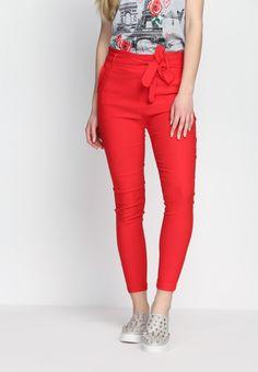 Czerwone Spodnie Brand New Me