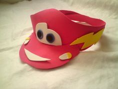 Gift ideas for cyclists [for all the bike lovers] Cars Birthday Parties, Diy Birthday, Festa Monster Truck, Foam Sheet Crafts, Race Car Party, Car Themes, Crazy Hats, Kid Character, Ideas Para Fiestas