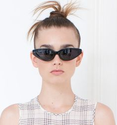 Trendy Glasses Frames For Women 2019 Ideas Glasses Frames Trendy, Stylish Outfits, Stylish Clothes, Eyewear Trends, Latest Mens Fashion, Men Fashion, Fashion Trends, Eyeglasses For Women, Types Of Fashion Styles