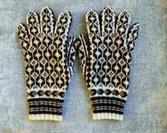 Ravelry: Project Gallery for Sjømann Man's gloves pattern by Votter og Vanter, Oslo 1955