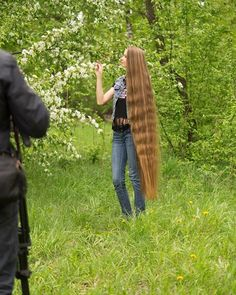 People Are Losing Their Minds Over This Real-Life Rapunzel - From Russia, With Hair Beautiful Long Hair, Gorgeous Hair, Real Life Rapunzel, Braided Hairstyles, Cool Hairstyles, Super Long Hair, Dream Hair, Ginger Hair, Hair Pictures