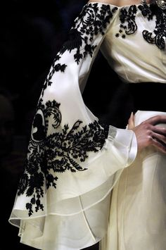 "style-and-stuffs: "" Jean Louis Scherrer haute couture fall "" White Fashion, Look Fashion, Fashion Details, Womens Fashion, Fashion Design, Steampunk Fashion, Gothic Fashion, Trendy Fashion, Luxury Fashion"