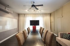 A little natural lighting goes a long way in conference rooms.