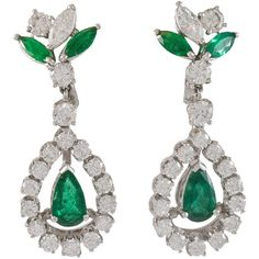 Pre-owned Emerald Diamond Gold Dangle Earrings ($8,750) ❤ liked on Polyvore featuring jewelry, earrings, dangle earrings, gold clip on earrings, clip earrings, clip on earrings, gold diamond earrings and 18k gold earrings