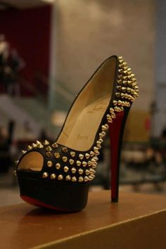 The most beautiful heel I have ever seen.... I am going to buy myself a pair of these!!!