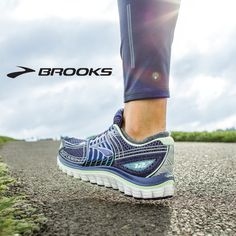 What do you prefer, trails or pavement? Brooks Glycerin 12 Running Shoes maximize your walking or running pleasure with Super DNA cushioning and support.