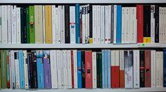 Schweizer Buchhandel und Euro-Krise Nur Verlierer   beta.nzz.ch Euro, Bookcase, Home Decor, Switzerland, Homes, Swiss Guard, Decoration Home, Room Decor, Bookcases
