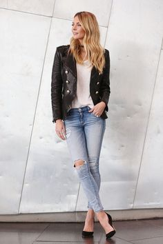 Jennifer Hawkins Jeans January 2017