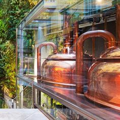 (transparência, natureza e cobre)French architect Jean Nouvel has renovated a nineteenth century brewery in Barcelona to make way for restaurants, bars, a bakery and a museum. Jean Nouvel, Brewery Restaurant, Beer Brewery, Restaurant Design, Brewery Interior, Bar Interior, Interior Design, Brahma, Brewery Design