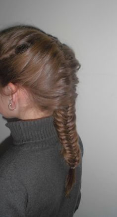 Fishtail braid A dramatic look from the front and the back