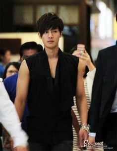 I LOVE THIS EXPRESSION: SHOW KHJ HAS A VERY BRAVE HEART.