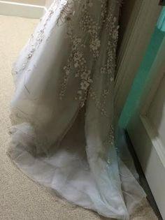 Carolina Herrera 'Franz Xavier Winterhalter' Size 2 Wedding Dress - Nearly Newlywed