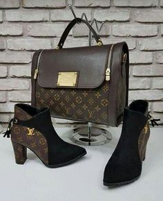 My New LV Bags Collection for Louis Vuitton. My New LV Bags Collection for Louis Vuitton. Louis Vuitton Shoes, Vuitton Bag, Louis Vuitton Handbags, Louis Vuitton Monogram, Fashion Bags, Fashion Shoes, Fashion Women, Celebrities Fashion, Fashion Fashion