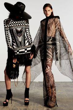 Get inspired and discover Balmain trunkshow! Shop the latest Balmain collection at Moda Operandi. Live Fashion, Fashion Week, Fashion 2020, Runway Fashion, Fashion Show, Fashion Design, Fashion Edgy, Latest Fashion, Mode Costume