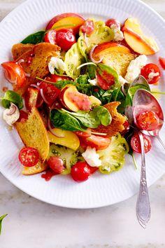 Pfirsich-Brotsalat - das #Dressing ist der Hammer! #Salat #Rezept