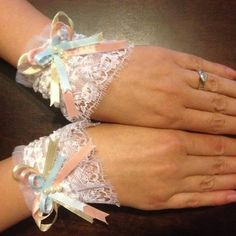 Beautiful *Lolita* Lace Cuffs -*with tutorial*- - JEWELRY AND TRINKETS