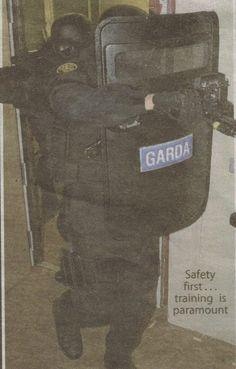 #Gardai #ERU| #Police #Armed #SWAT #RSU #Ireland #Gun Safety First, Emergency Response, Swat, Gun, Irish, Ireland, Police, The Unit, War