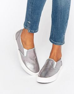 18730d0f790 New Look Metallic Slip On Shoe