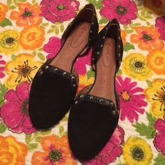 Corso Como Black leather Studded Flats 9 Excellent condition made in Brazil. Leather upper and lining. Very very comfy. Worn twice and show very little wear. Corso Como Shoes Flats & Loafers