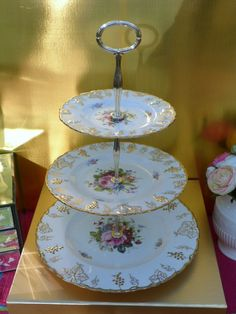 Royal Crown Derby Vine cake stand