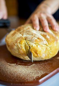 No Knead Bread o Pane senza impasto fatto in casa Jim Lahey, No Knead Bread, Formulas, Gelato, Pane Pizza, Food, Latte, Breads, Ice Cream