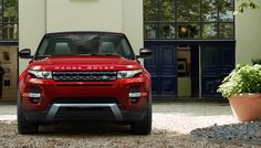 Range Rover Evoque demands respect on every street corner. Its contemporary design and silhouette guarantee you'll stand out in the city.