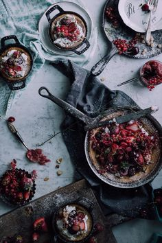 A German Breakfast That You'll Want To Wake Up For: Dutch Babies with Brandy Roasted Rhubarb & Strawberries - Christiann Koepke Brunch Recipes, Fall Recipes, Sweet Recipes, Breakfast Recipes, Dessert Recipes, Breakfast Ideas, Vegan Desserts, Dessert Ideas, Easy Desserts