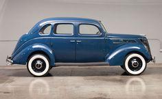 1937 Ford V-8 Fordor Sedan