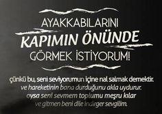Tüm Manyaklar Buraya: Türkiye'nin En Absürt Şairi Ah Muhsin Ünlü'nün 25 Efsane Dizesi