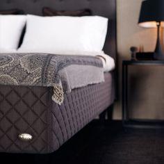 DUXIANA Luxury Bed