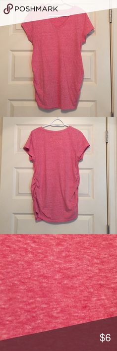 Maternity v-neck tshirt Pink heathered maternity v-neck cotton tshirt. Very flattering with cinched sides. A staple piece for an expecting momma! Washed and worn a few times. Size large. Bundle 2 or more items and get 15% off plus combined shipping! Liz Lange for Target Tops Tees - Short Sleeve
