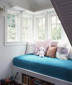 My next home WILL have a reading nook. Oh yes, it surely will.