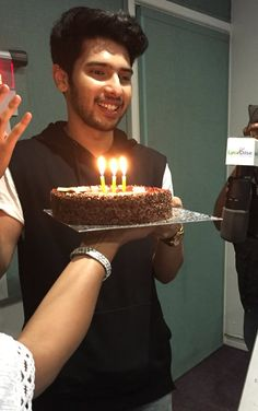 Wish u a very happy birthday. Princess Charming, My Prince Charming, Very Happy Birthday, Boy Birthday, Singer Talent, Daisy Shah, You Are Cute, Handsome Prince, Man Crush Everyday