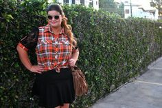 Plus Size outfit of the day!  Shirt: Julia Plus Skirt: Chica Bolacha  www.grandesmulheres.com.br