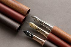 Conklin Endura Fountain Pen - Ebony – The Goulet Pen Company Fountain Pen Vintage, Fountain Pen Ink, Calligraphy Pens, Calligraphy Worksheet, Calligraphy Writing, Wooden Staff, Fancy Pens, Goulet Pens Company, Pen Collection