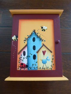 Birdhouse and Bees! One Stroke Painting, Tole Painting, Painting On Wood, Painting & Drawing, Painted Spoons, Painted Rocks, Hand Painted, Arte Country, Country Crafts